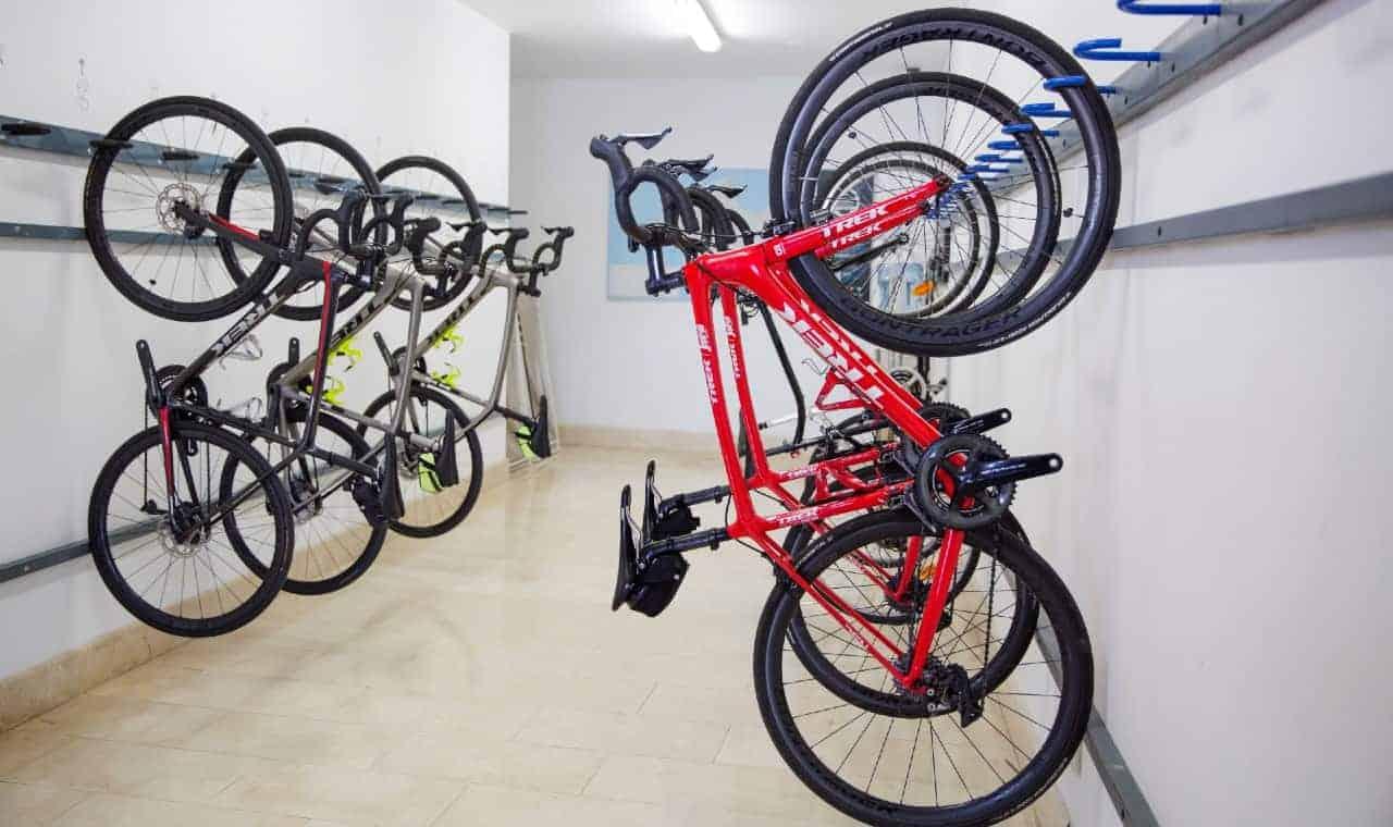 road cycling tour bike room mallorca